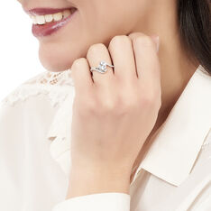 Bague Or Blanc Topaze Coussin